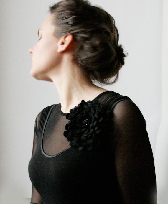 Black Night Sparkles Dahlia -- Felt Flower Brooch -- Hand felted wool -- Size X Large