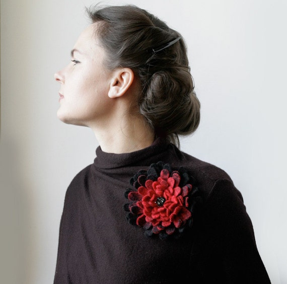 Red Fades to Black Dahlia -- Felt Flower Brooch -- Hand felted wool -- size X Large