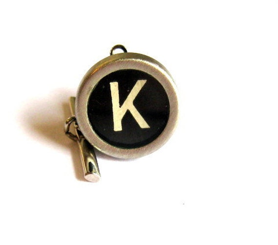 Vintage  Typewriter KEY TIE TACK letter K