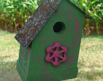 Rustic Birdhouse Wood Outdoor Garden Decor Vintage Pink Faucet Cottage Grass Green