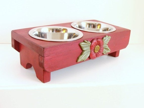 Elevated Dog Feeder Cat Feeder Pet Feeding Stand Pet Furniture Bowl Holder, Old Red, Custom