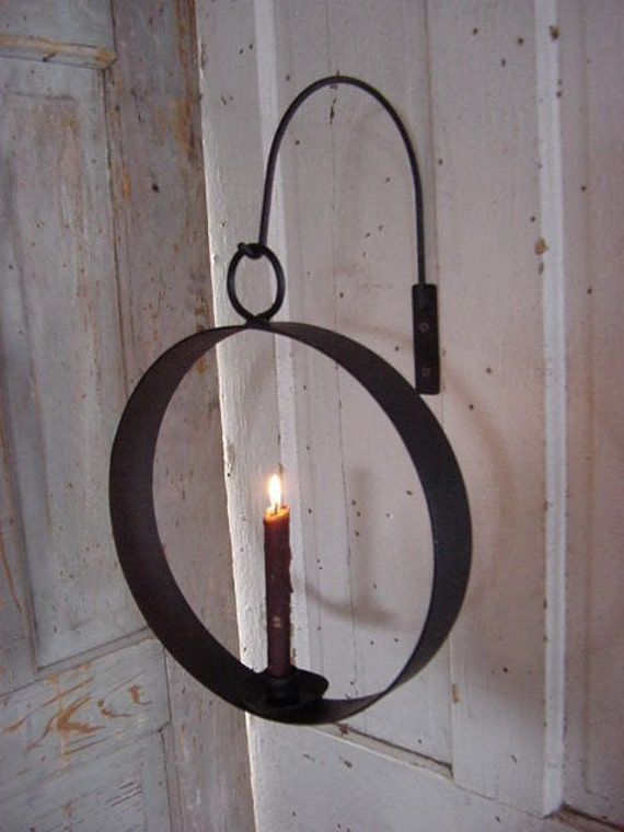 Hanging Iron Candleholder Circle of Love Industrial Simple Lighting