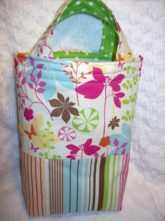 ItsAWrap Butterfly Garden reusable lunch tote Eco Friendly and SO stylish