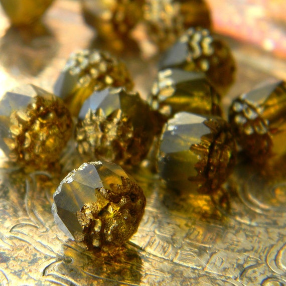 Czech Glass -12 Matte Olivine Cathedral Beads 8mm
