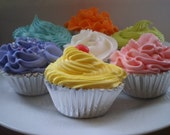 Fun  Favors Cupcake Bath Fizzies Fizz (set of 3)