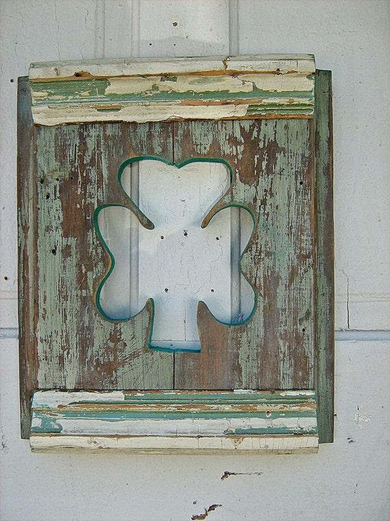 Distressed Wood Wall Shamrock