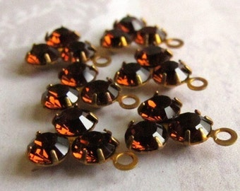 LOW Stock - Vintage Swarovski Topaz Triangle Drop Charms (6X) (S527)
