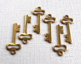 LOW Stock - Raw Brass Skeleton Key Charms (6X) (M508)