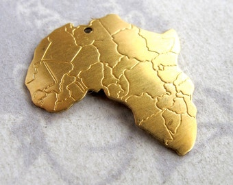 Brass Africa Pendants (4x) (M779)