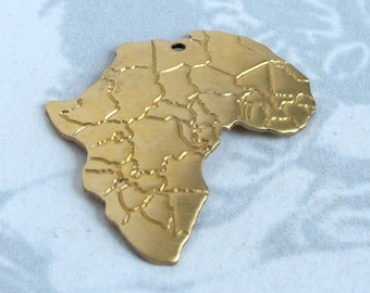 Brass Flipped Africa Pendants (4x) (V364)