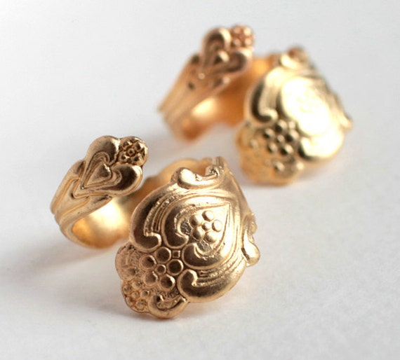 Large Brass Spoon Handle Ring - Adjustable (1X) (J601)