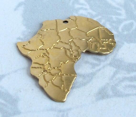 Brass Flipped Africa Pendants (4x) (V364)