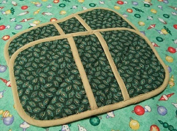 Manly Man-sized Marvelous Micromitts -- Green Leaves