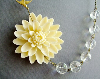 Wedding Necklace,Ivory Flower Necklace,Flower Necklace,Ivory Floral Necklace,Bridesmaid Necklace,Ivory Necklace,Wedding Jewelry Set,Gift