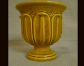 Vintage Heager pottery planter