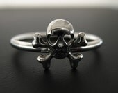 Skull Stacking Ring - Size 8.5