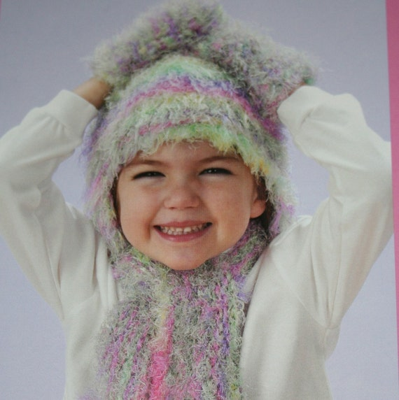 Easy Knitting Patterns Eyelash Yarn Scarf : Eyelash Yarn Knitting Patterns by elanknits on Etsy