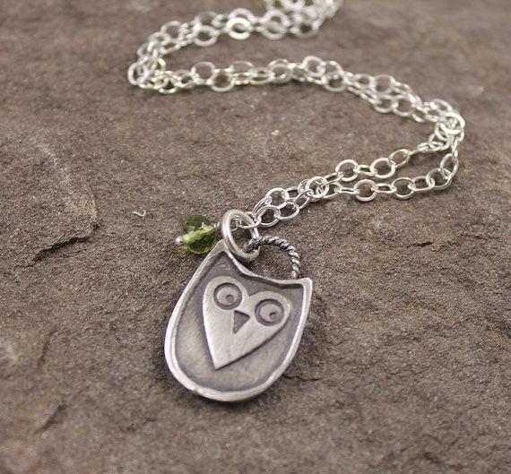 Hootie Owl Fine SIlver PMC Necklace - Peridot
