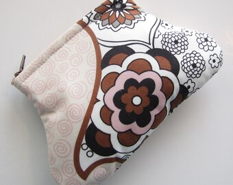 Curvy Coin Pouch Zipper Coin Purse in Brown White Pink and Floral