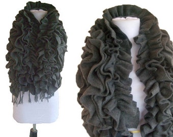 Ultimate RUFFLE Scarf