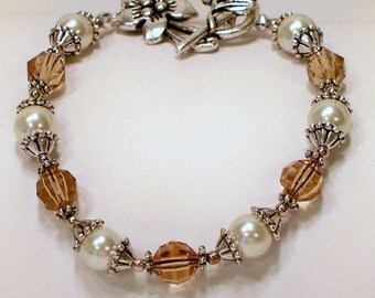 Cream and Topaz Renaissance Bracelet