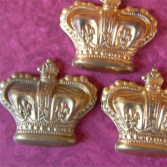 Vintage Crowns Brass Jewelry Stampings dimensional lot of 3