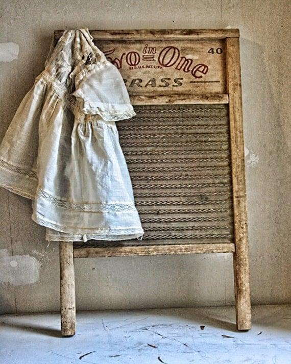 Vintage Laundry Room D...