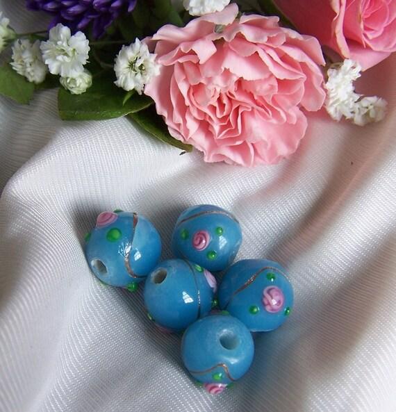 SALE --- 5 Flower Lampwork Glass Beads 13mm - Light Blue - LB55a