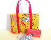 Hitty Blythe or Pullip size tote bag and coordinating wallet with miniature cash