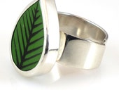 Recycled Swedish porcelain silver Leafring by Stig Lindberg