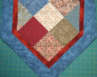 Table Runner-Morris Charm