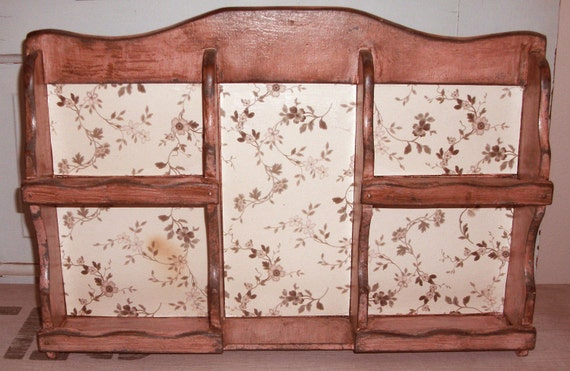 Vintage Spice Rack - Shabby Pink Painted Upcycled