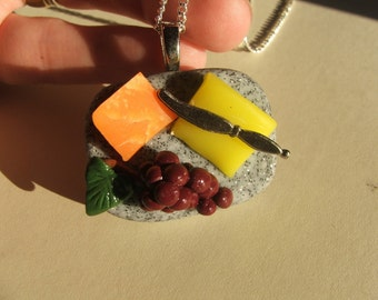 Fabulous CHEESE BOARD AND GRAPES NECKLACE