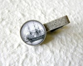 Ghost Ship Men's Tie clip