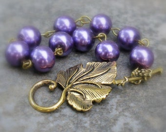 Purple Pearl Toggle Bracelet, Amethyst Glass Pearls, Antique Gold Grape Leaf & Vine Clasp ... Nature Inspired Handmade Jewelry
