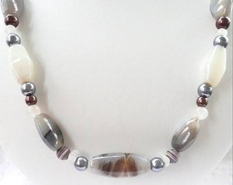 Silver Fox Gray Agate Necklace with Silver Faux Pearls