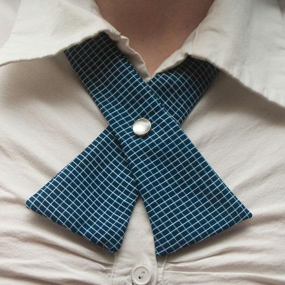 SALE - Womens Neck Tie - Retro Blue