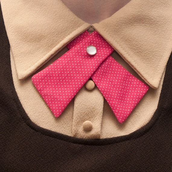 SALE Hot Pink Lady Tie w/ Polka Dots