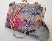 Gorgeous Vintage Hand Woven Chinese Silk Embroidery Clutch