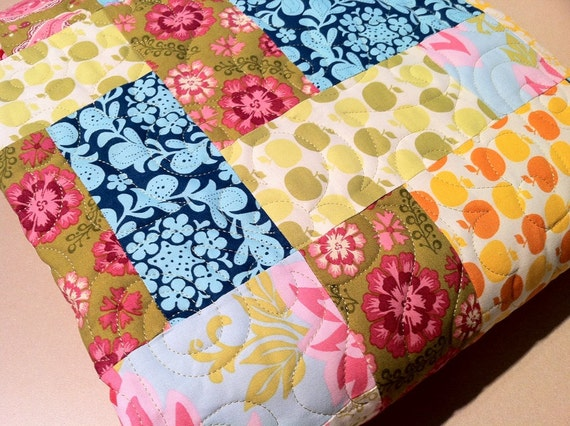 Bright Lap Quilt Patchwork SUMMER SUNSHINE a  Happy Quilt 56 x 73 with Farmers Market