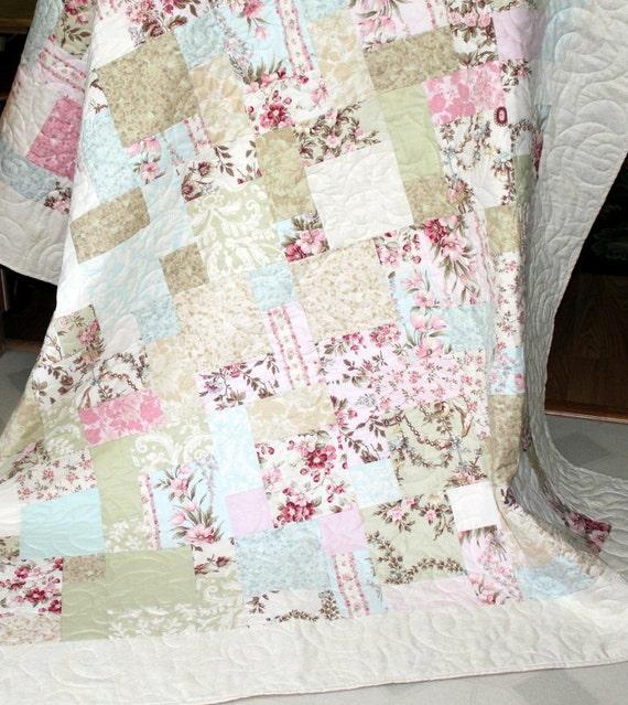 """Pastel patchwork Quilt ISN'T IT ROMANTIC 65"""" x 80"""""""