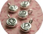 Thai silver - Tiny Lotus charm (5)