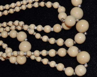 Vintage Tan Graduated Glass Beads (1 strand)