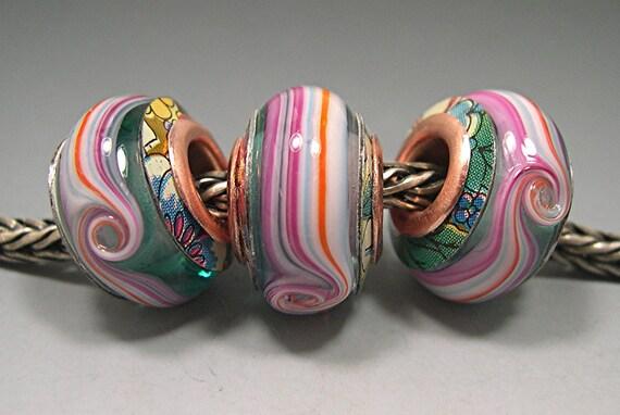 BIG HOLE BEADS Charm Beads 3 Glass Beads European Charm Troll Biagi Love Knots Donna Millard