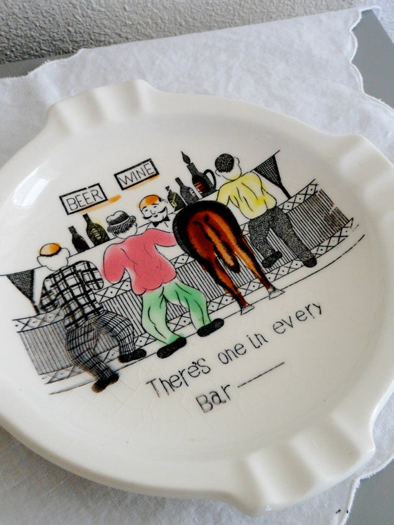 Round Retro Ash Tray - Humorous - Bar Ass