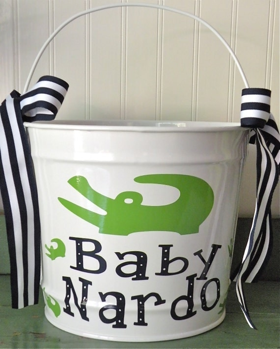 10 Quart Personalized Pail with Polka Dots or Shape