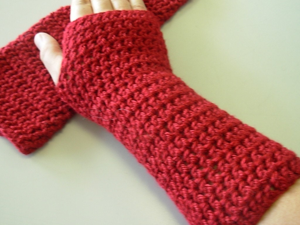 Crochet pattern pdf fingerless gloves texting by seahorsedesigns