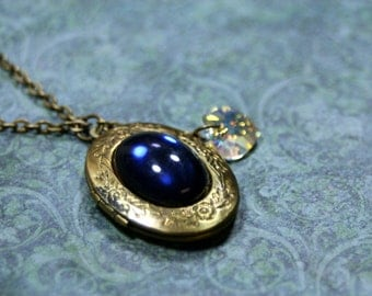 Lush BLUE Vintage Cabochon Locket with Crystal Heart Necklace