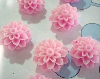 10 pink 15mm flower mum cabochons, dainty resin chrysanthemum cabs