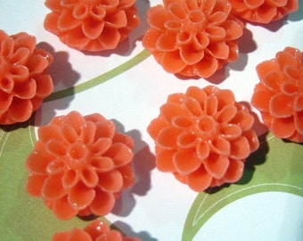 10 melon 15mm mum flower cabochons, cute chrysanthemum cabs